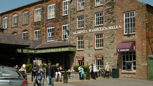 Shopping in Cork City Blarney Woollen Mills