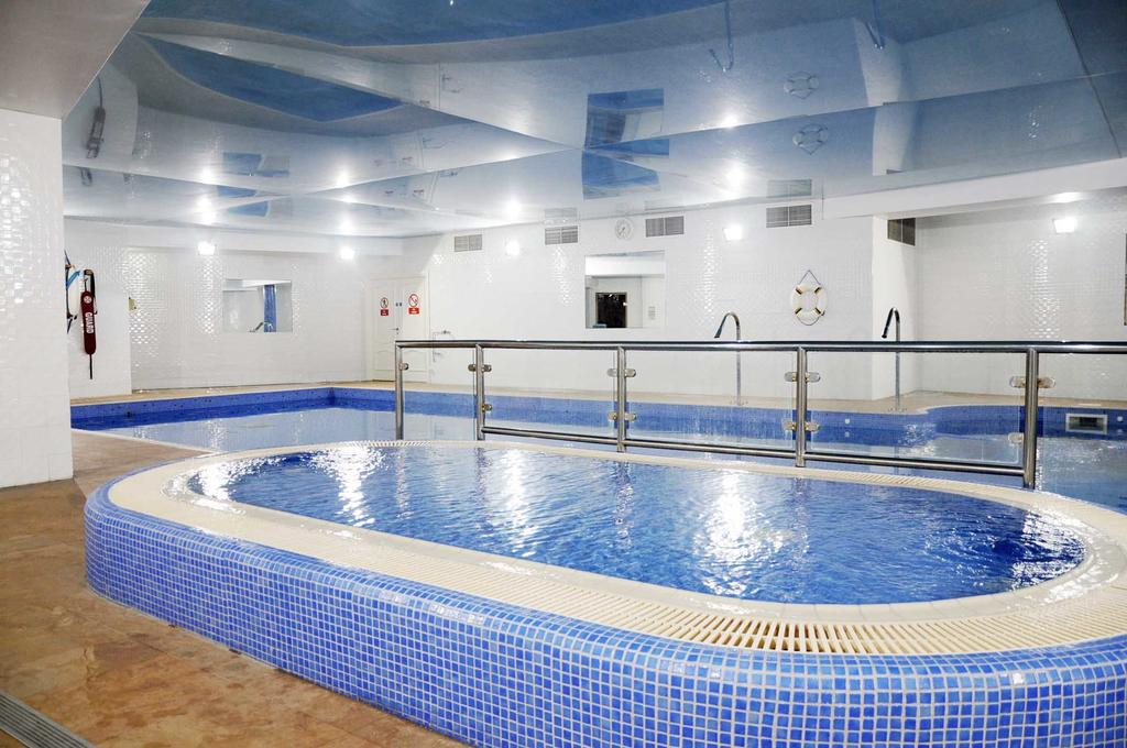 schull harbour hotel leisure centre
